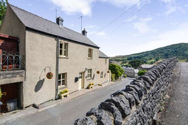 3 Bedrooms Detached House for sale in Hollow Gate, Hope Valley, Derbyshire, S33 9JA