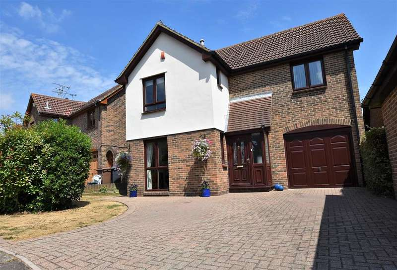 4 Bedrooms Detached House for sale in Anchor Reach, South Woodham Ferrers, Chelmsford