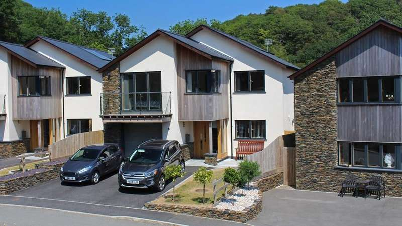 4 Bedrooms Detached House for sale in Barmouth, Gwynedd, LL42
