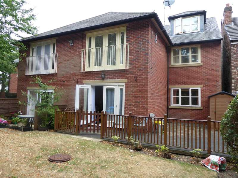 2 Bedrooms Apartment Flat for sale in Church Road, Gatley