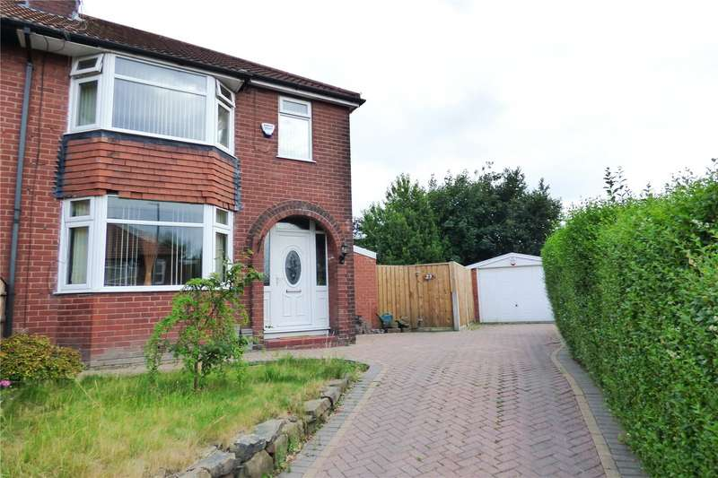 3 Bedrooms Semi Detached House for sale in Harmol Grove, Ashton-under-Lyne, Greater Manchester, OL7