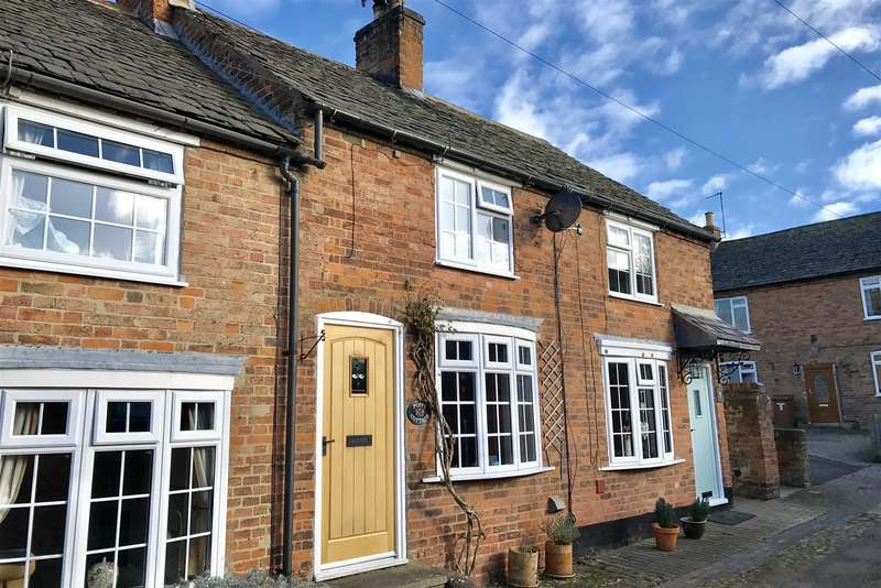 2 Bedrooms Property for sale in The Row, Rotherby