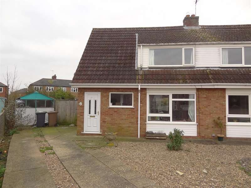 3 Bedrooms Detached House for sale in Ripon Drive, Sleaford