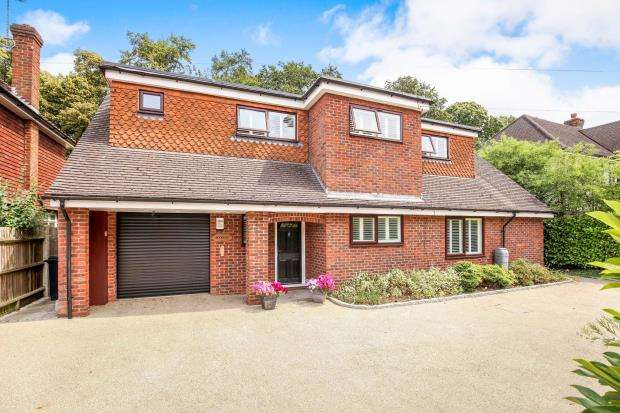 4 Bedrooms Bungalow for sale in West Byfleet, Surrey, .