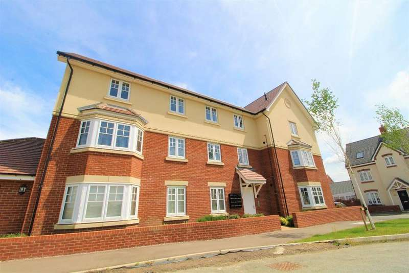 2 Bedrooms Apartment Flat for sale in Danegeld Avenue, Great Denham, MK40