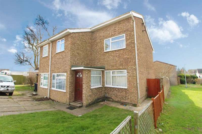3 Bedrooms Semi Detached House for sale in Buttermere Close, Kempston, MK42