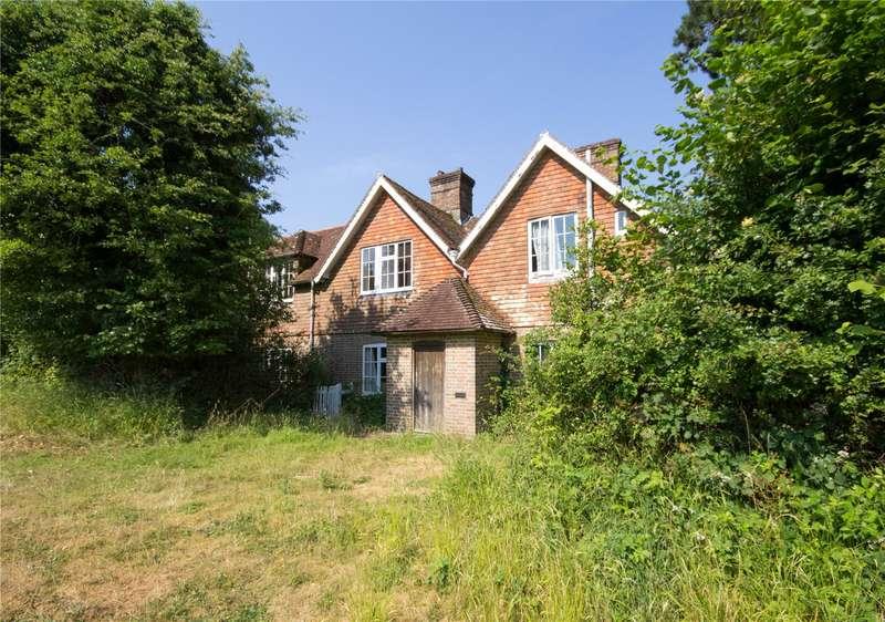 3 Bedrooms Detached House for sale in Marklye Lane, Heathfield