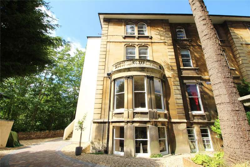 2 Bedrooms Flat for sale in St Johns Road Clifton Bristol BS8