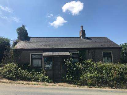 2 Bedrooms Bungalow for sale in Cury, Helston, Cornwall