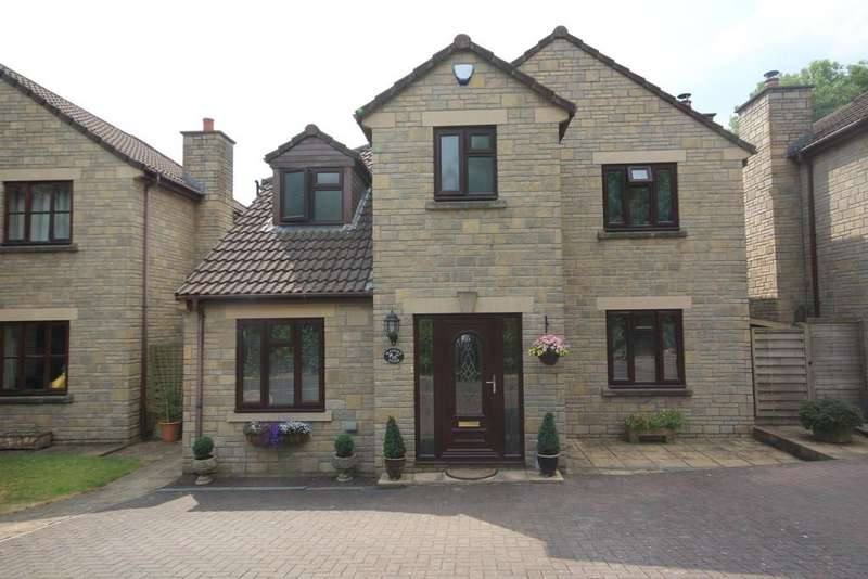 3 Bedrooms Detached House for sale in Maypole Close, Clutton