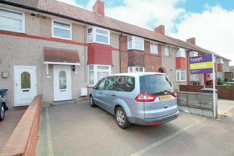 3 Bedrooms Terraced House for sale in Dunkeld Road, Dagenham
