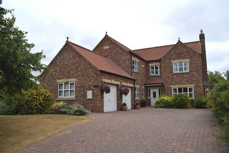 5 Bedrooms Detached House for sale in Hendale, East End, Kirmington