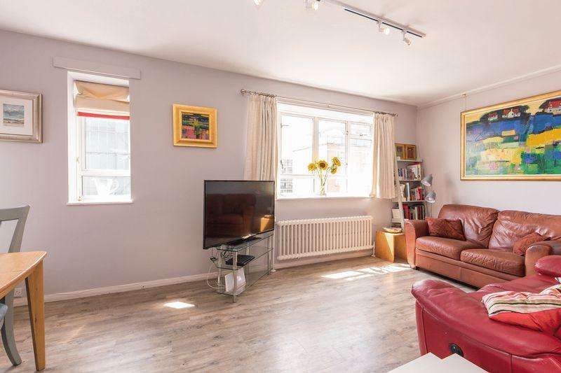 2 Bedrooms Apartment Flat for sale in Shelley House, London