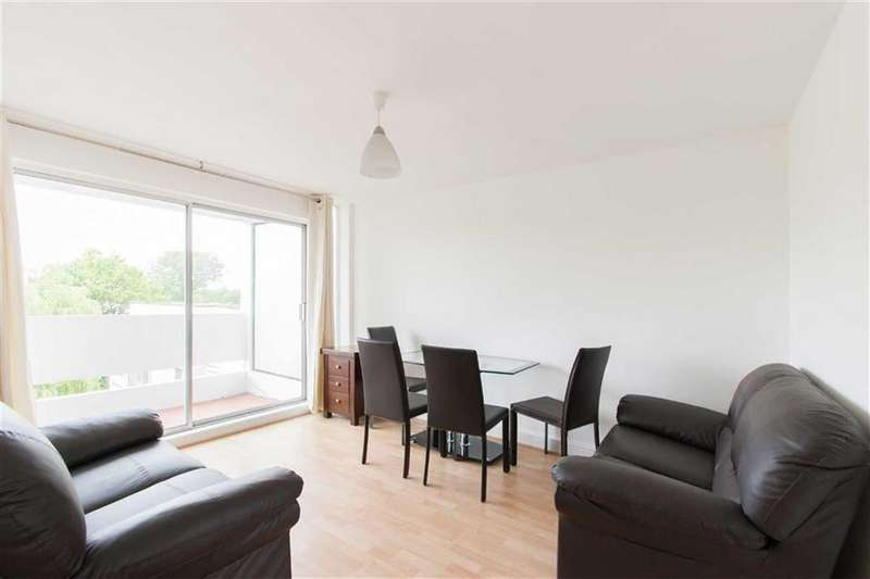 3 Bedrooms Flat for sale in Bloomsbury Close, London