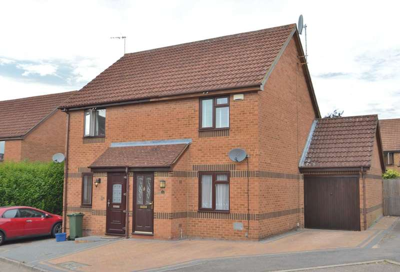 2 Bedrooms Semi Detached House for sale in Parker Close, Bradville