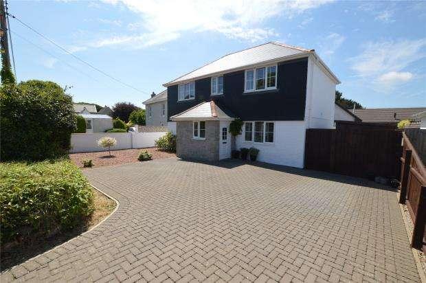 4 Bedrooms Detached House for sale in Chapel Road, Leedstown, Hayle, Cornwall