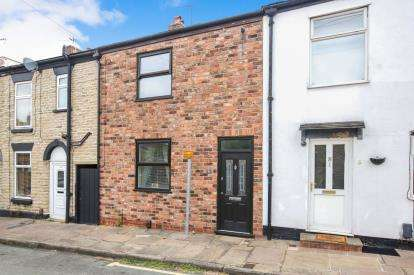3 Bedrooms Terraced House for sale in Brock Street, Macclesfield, Cheshire