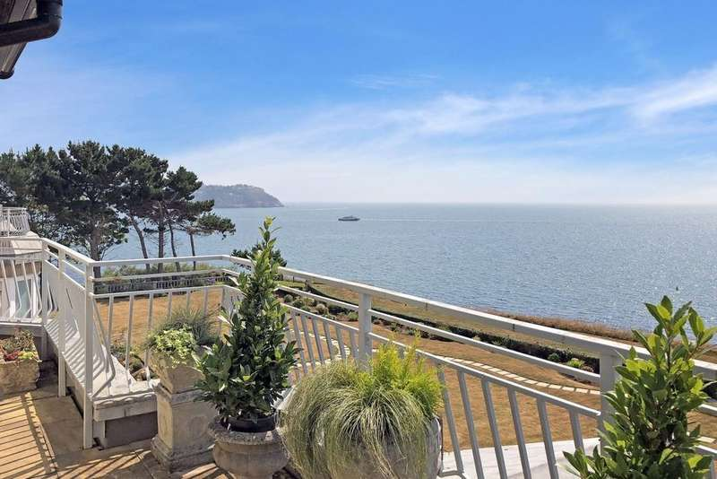2 Bedrooms Apartment Flat for sale in The Headlands Cliff Road, Torquay, TQ2