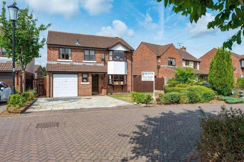 4 Bedrooms Detached House for sale in Kings Meadow, Norton Cross, Runcorn