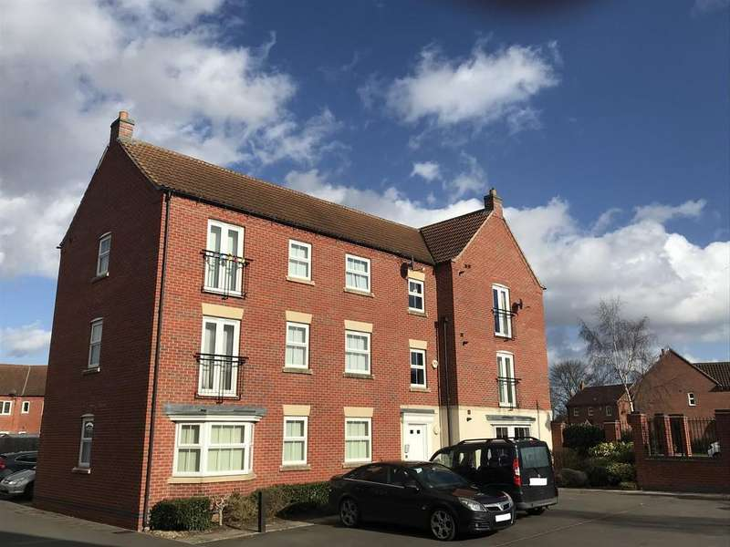 2 Bedrooms Apartment Flat for sale in Witham St Hughs, Moorhen Close