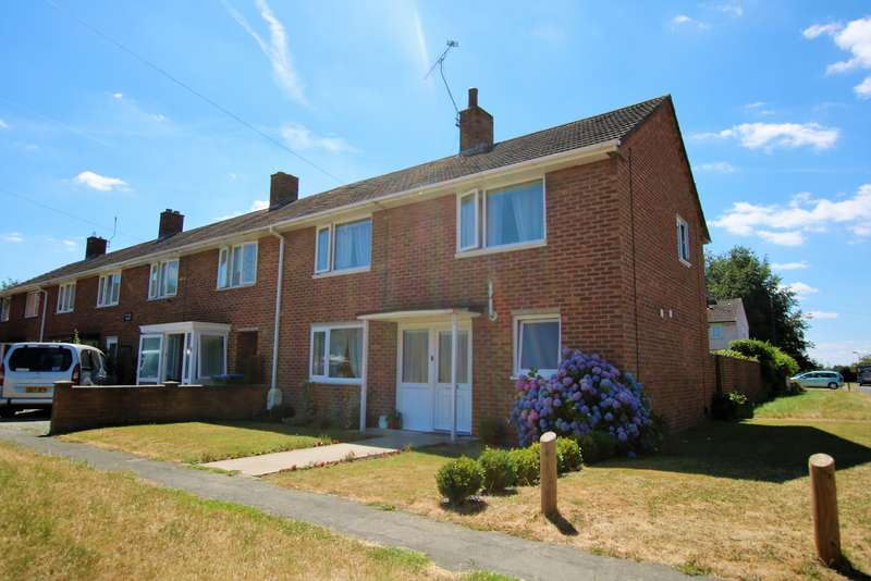 3 Bedrooms End Of Terrace House for sale in Blakeney road, Millbrook, Southampton