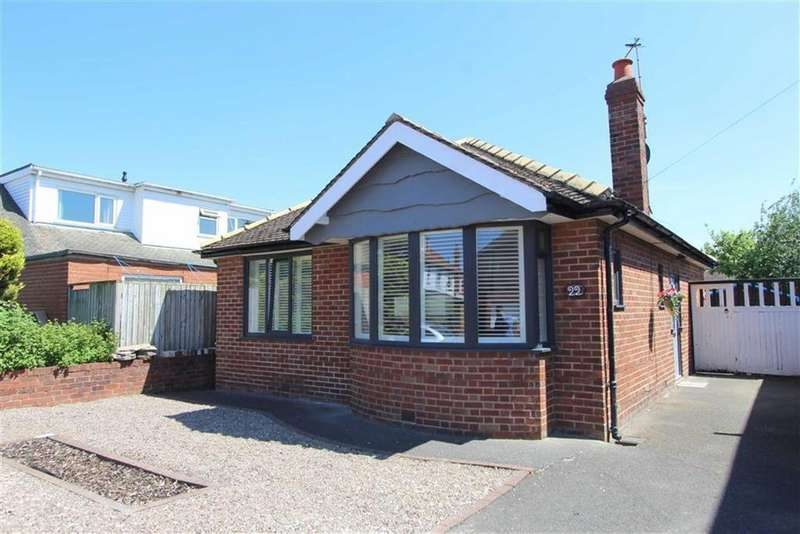 2 Bedrooms Detached Bungalow for sale in Warwick Road, Lytham St Annes, Lancashire