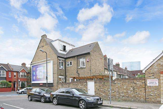 6 Bedrooms Detached House for sale in High Street Colliers Wood, London, SW19 2BW