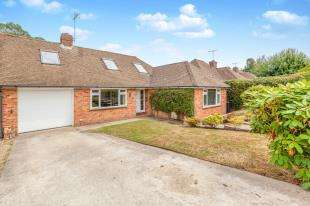 3 Bedrooms Semi Detached House for sale in Rother View, Burwash, Etchingham, East Sussex