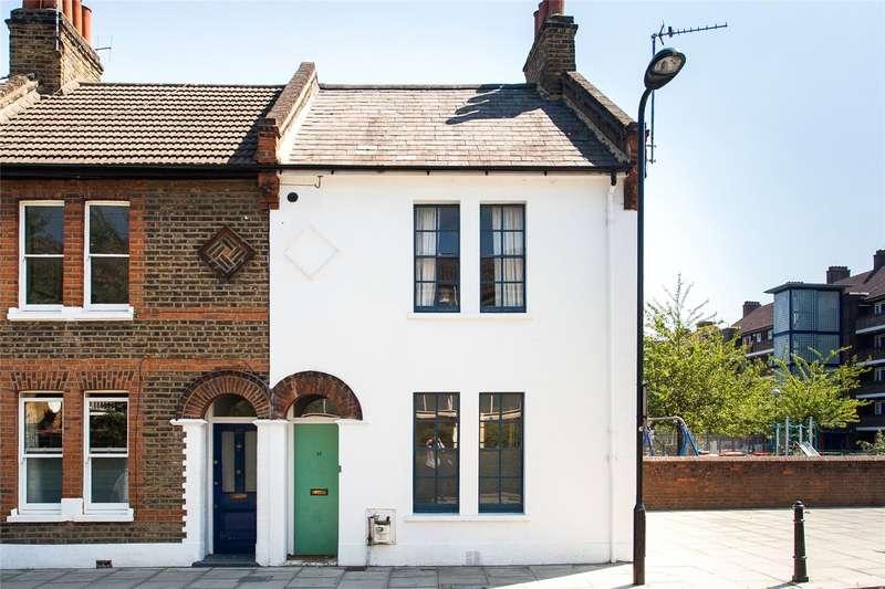 3 Bedrooms Terraced House for sale in Stevens Avenue, Homerton, E9