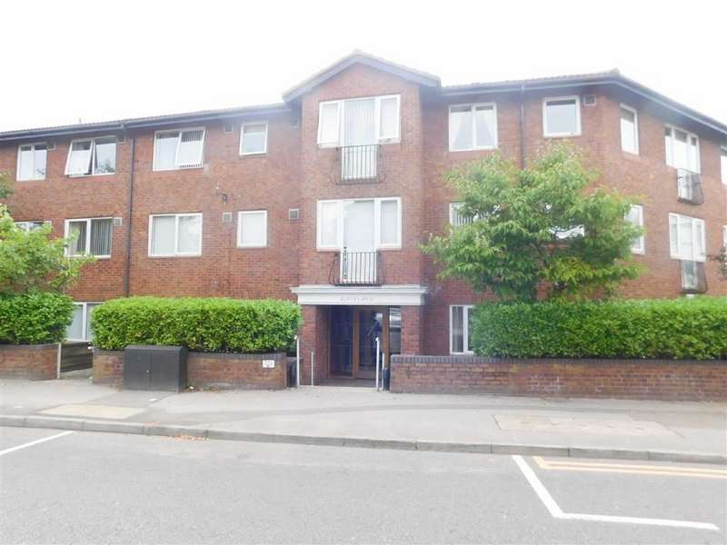 1 Bedroom Retirement Property for sale in Redfern House, Harrytown, Romiley