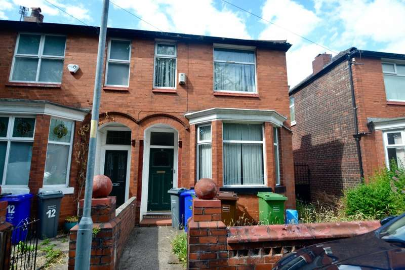 4 Bedrooms Terraced House for rent in Rusholme Grove, Manchester, M14