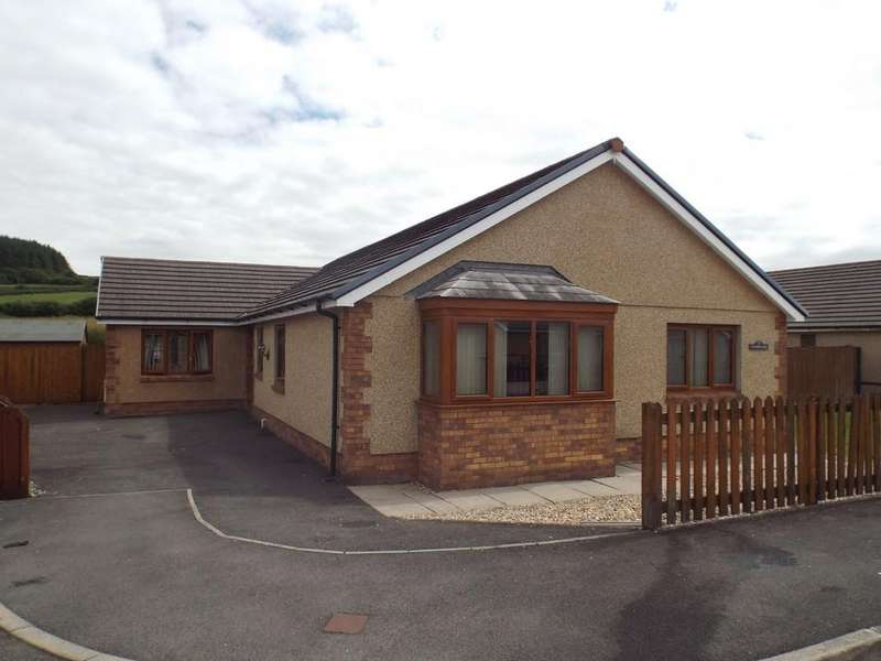 3 Bedrooms Detached Bungalow for sale in Waungoch, Upper Tumble