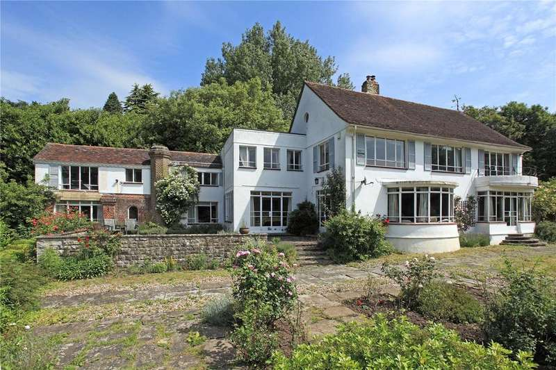 6 Bedrooms Detached House for sale in Castle Street, Bletchingley, Redhill