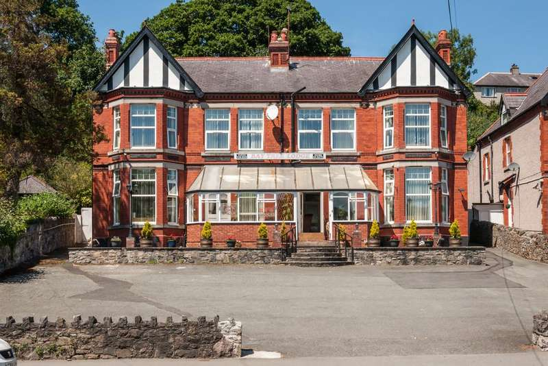 26 Bedrooms Detached House for sale in Garth Road, Bangor, North Wales
