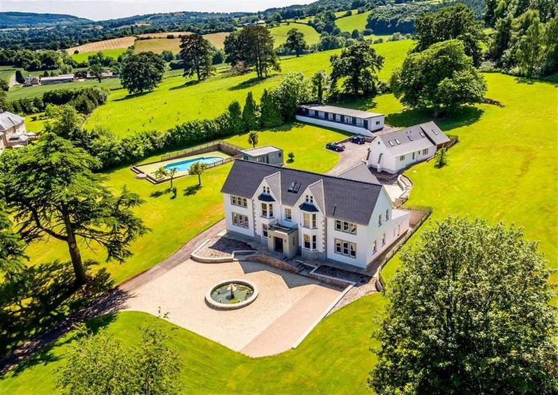 6 Bedrooms Detached House for sale in Usk, Monmouthshire