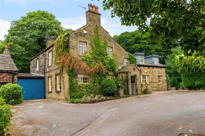 5 Bedrooms Detached House for sale in Tong Lane, Tong Village, Bradford, BD4 0RR