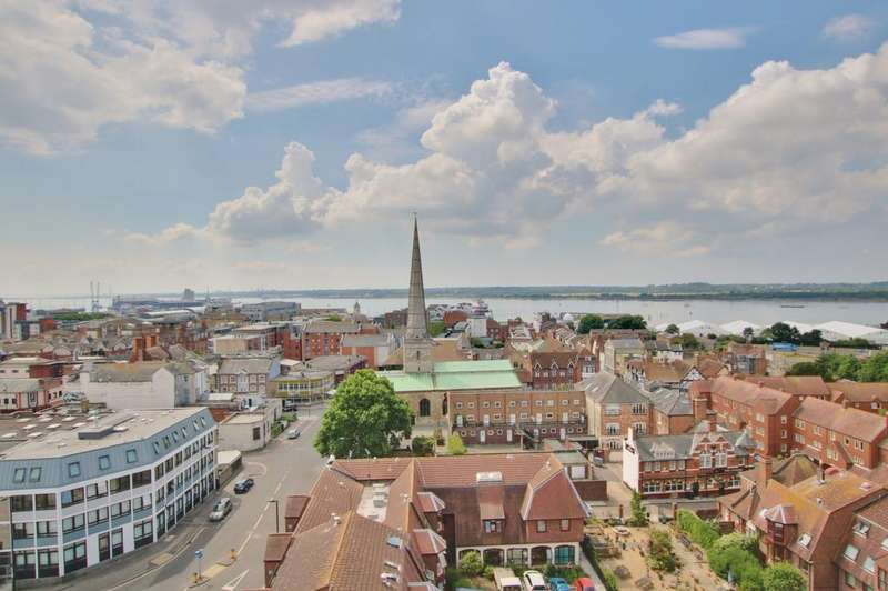 2 Bedrooms Apartment Flat for sale in Castle Way, Southampton