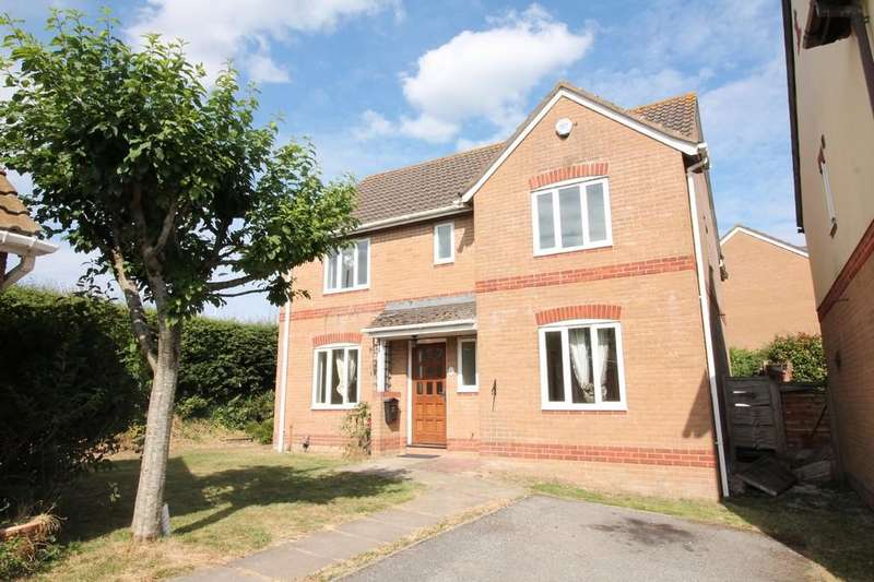 4 Bedrooms Detached House for sale in Spacious, Detached Family Home. Cornfield Gardens, Plympton