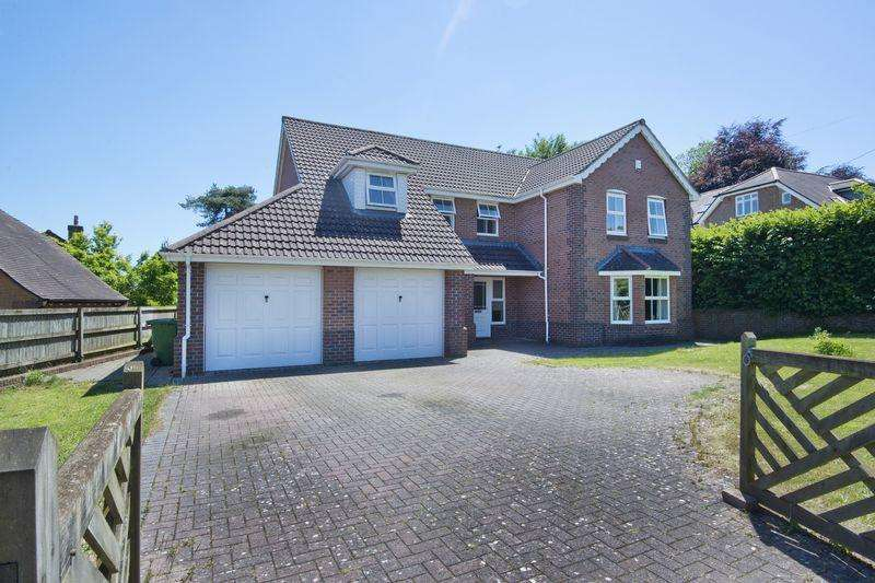 4 Bedrooms Detached House for sale in COLEFORD