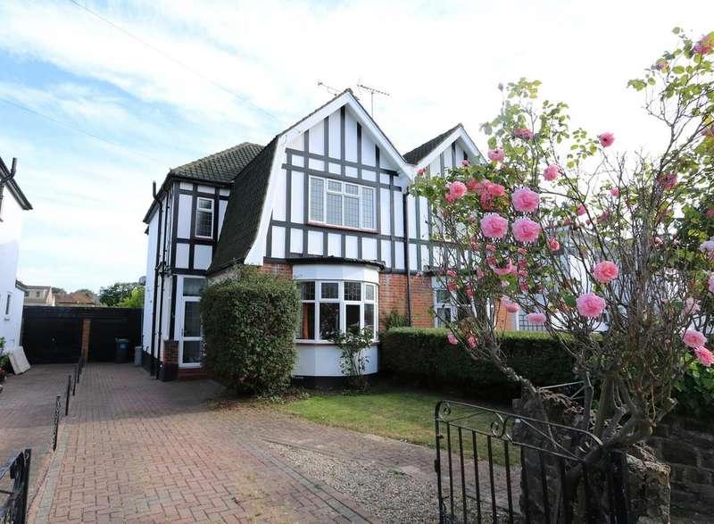 4 Bedrooms Semi Detached House for sale in Clatterfield Gardens, Westcliff-On-Sea SS0