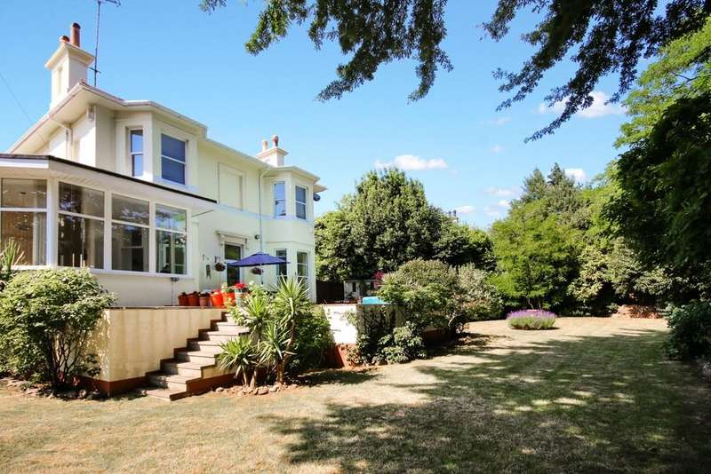 3 Bedrooms Detached House for sale in Babbacombe Road, Torquay, TQ1
