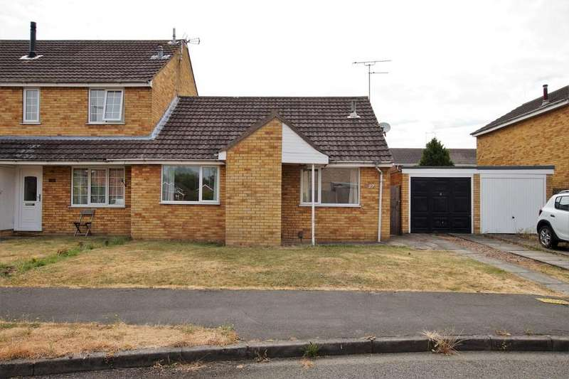 2 Bedrooms Semi Detached Bungalow for sale in Dunmore Close, Lincoln