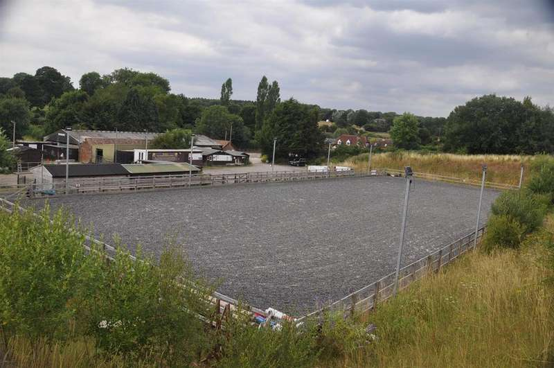 Equestrian Facility Character Property for sale in Hensting Lane, Fishers Pond, Eastleigh