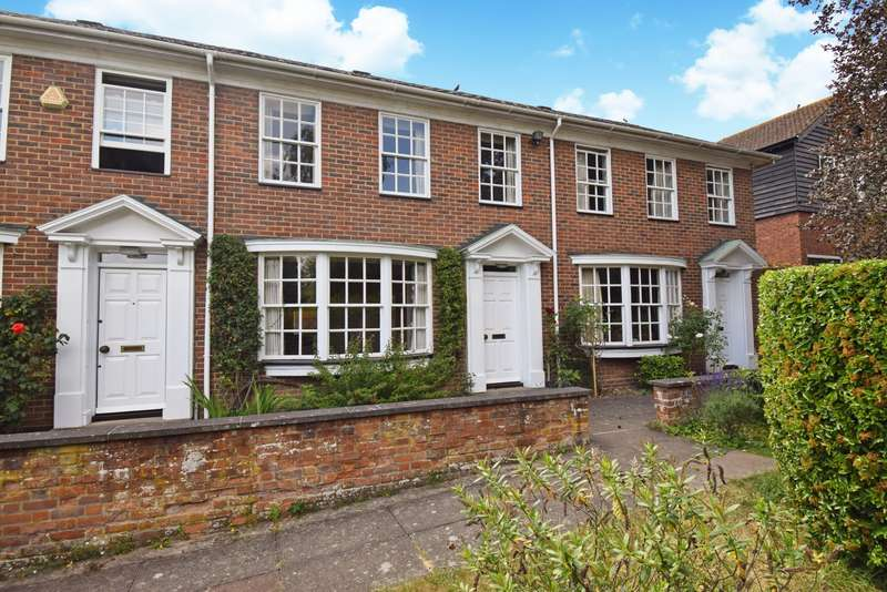3 Bedrooms Terraced House for sale in Stockwells, Taplow, SL6