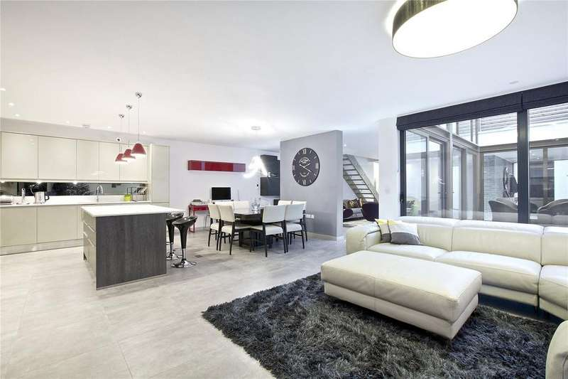 3 Bedrooms House for sale in Beethoven Street, Queens Park, London