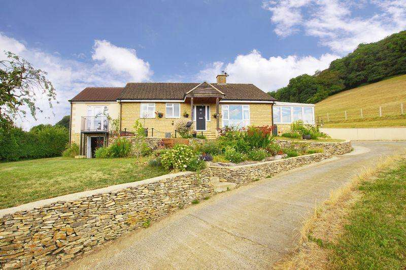 4 Bedrooms Bungalow for sale in Millend, North Nibley
