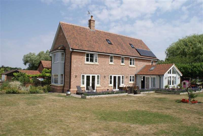 4 Bedrooms Detached House for sale in The Street, Wickham Skeith, Suffolk