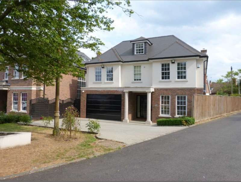 6 Bedrooms Detached House for sale in Barham Avenue, Elstree