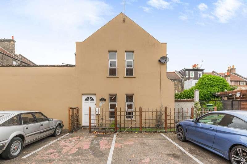 2 Bedrooms Maisonette Flat for sale in West Ham Lane, Stratford, E15