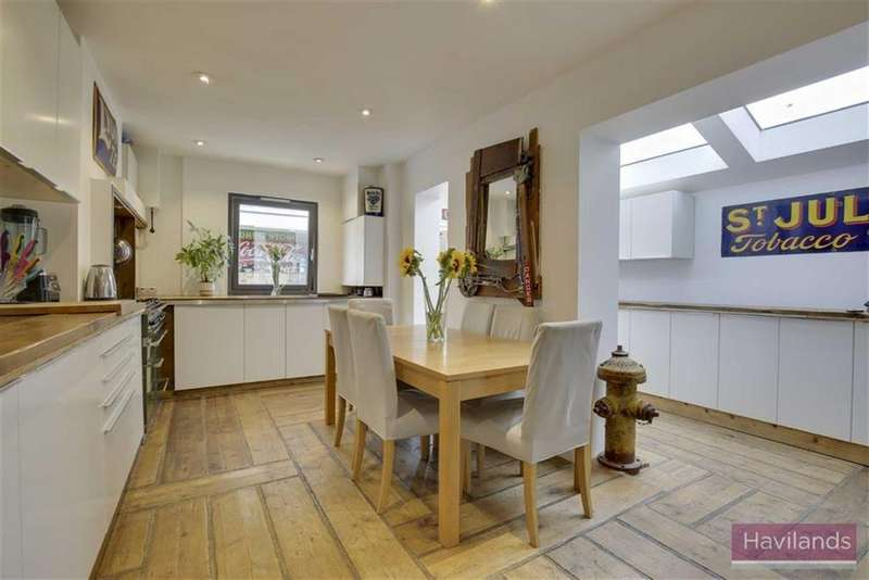 3 Bedrooms Semi Detached House for sale in Avondale Road, Palmers Green, London